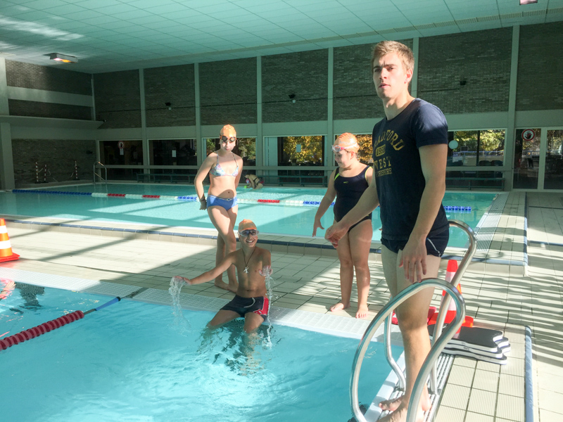 cours de natation au Triton à la piscine d'Evere